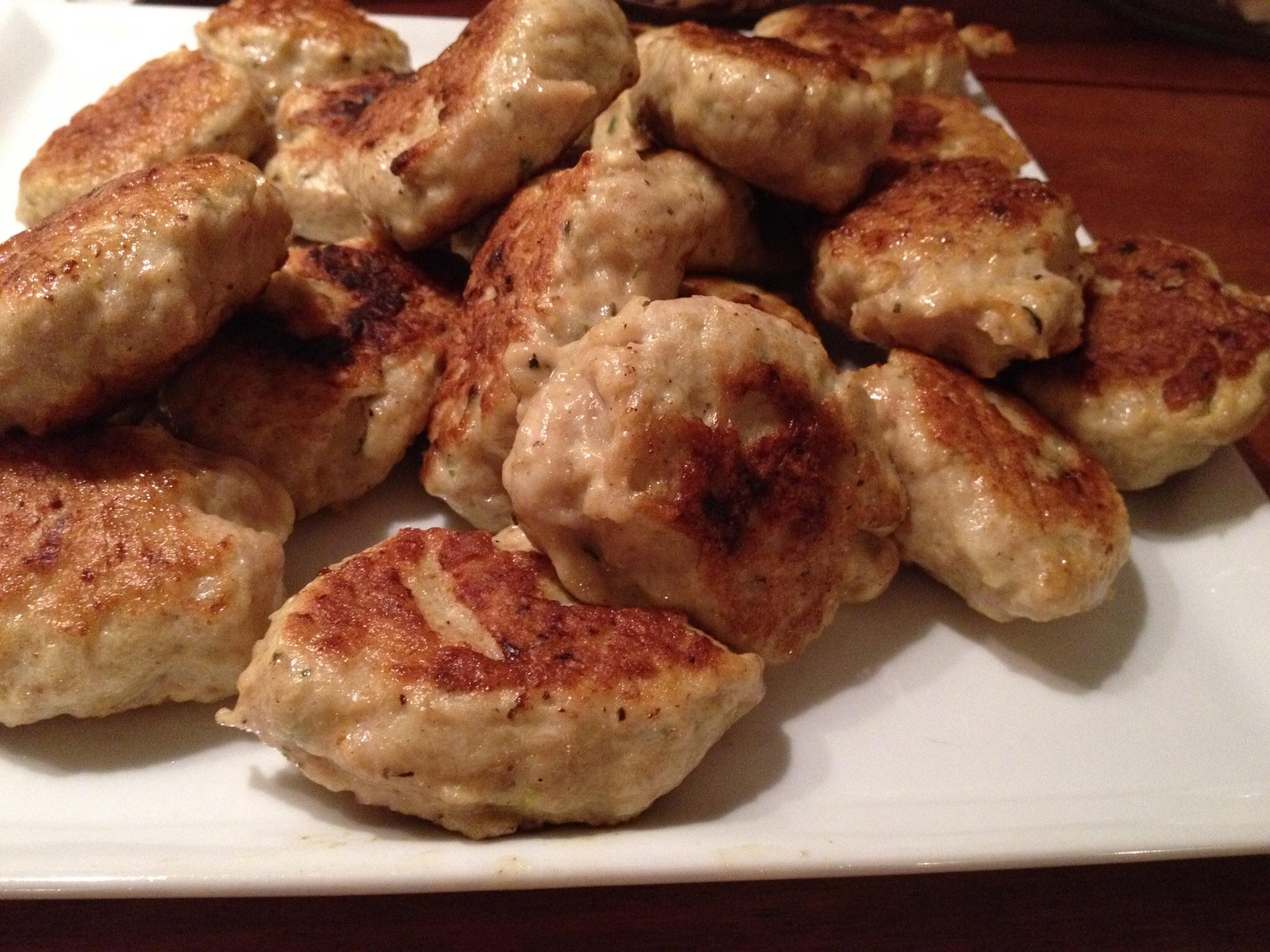 Kyllingefrikadeller eller suppeboller
